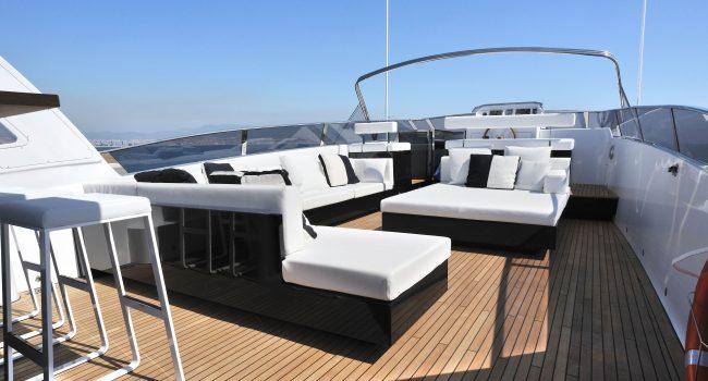 Mondomarine-85-Yacht-Ibiza-Barcoibiza-2