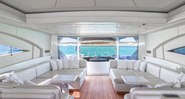 Mangusta-108-Yacht-Ibiza-Barcoibiza-15