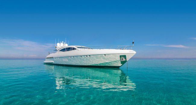 Mangusta-108-Yacht-Ibiza-Barcoibiza-4