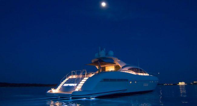 Mangusta-108-Yacht-Ibiza-Barcoibiza-6