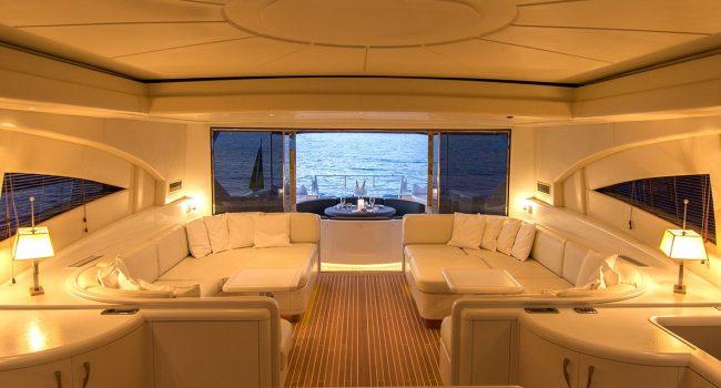Mangusta-108-Yacht-Ibiza-Barcoibiza-9