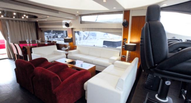Sunseeker-Predator-92-U-Super-Yacht-Ibiza-Barco-Rental-11
