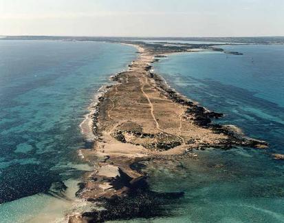 Pas-den-Adolf-Isla-Formentera