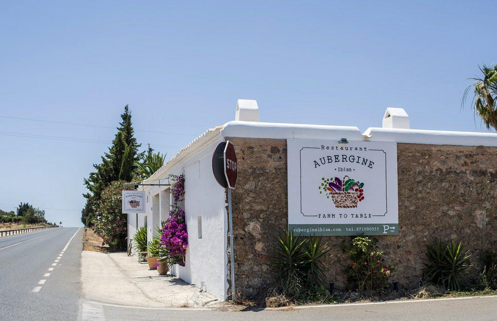 Restaurate-Aubergine-Ibiza-Carretera-San-Miguel