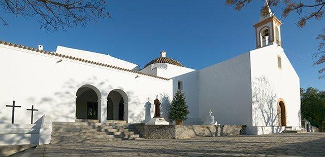 Sant-Joan-de-Labritja-Iglesia-San-Juan-Ibiza