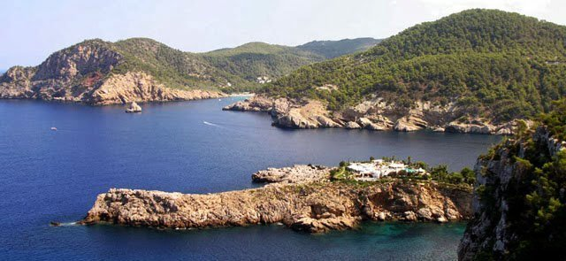 Es-amunt-Ibiza