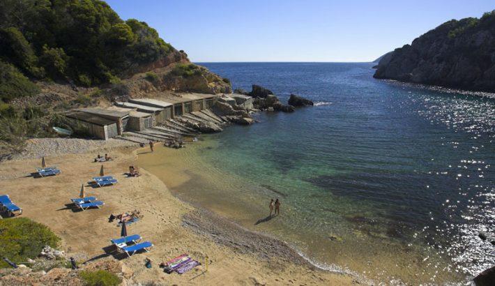 Cala den Serra, una cala secreta al norte de Ibiza