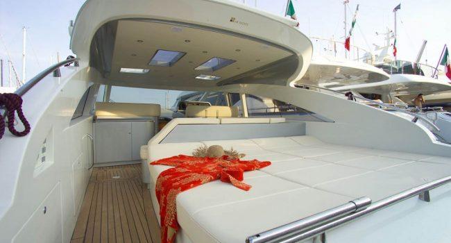 AB58-10-yacht-barcoibiza
