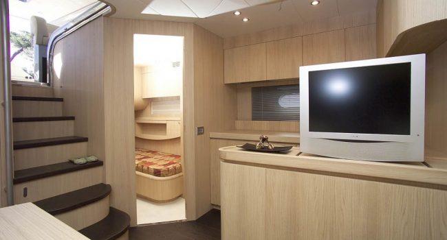 AB58-9-yacht-barcoibiza