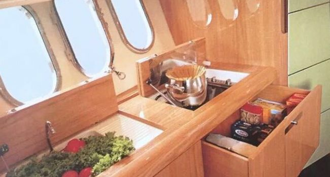 Absolute 45-12-yachts-barcoibiza