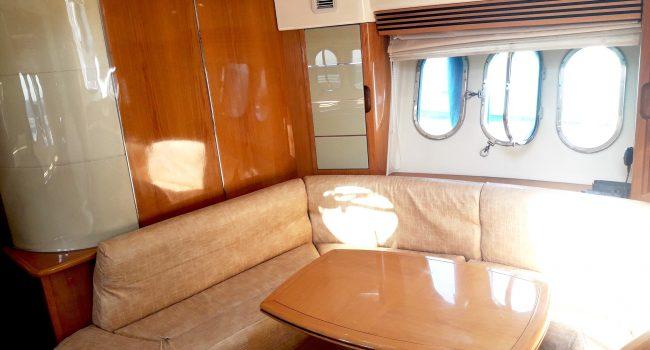 Absolute 45 Alexamar Ibiza Boat Rental Barcoibiza Salon Comedor