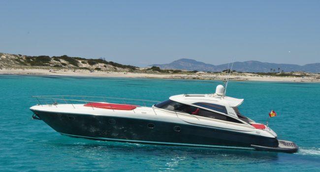 Baia-Aqua-54-BM-Motor-Yacht-Ibiza-14