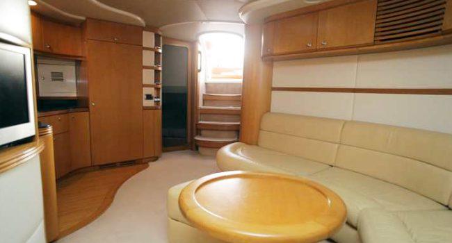 Baia_Aqua_54_Black_Moon_Yacht_Rental_Ibiza_Barcoibiza_Charter_Salon