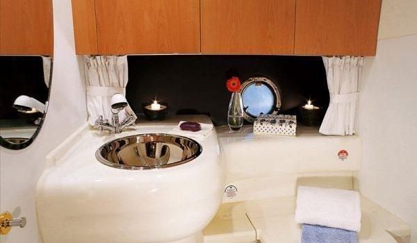 Cranchi-41-Z-Toilet