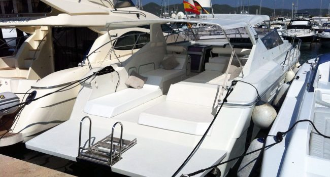 Giorgi-46-day-charter-yacht-ibiza-7