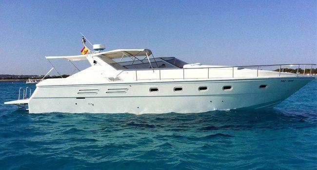 Giorgi-46-alegria-day-charter-yacht-ibiza