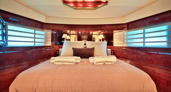 Leopard-89-Yacht-Ibiza-Barcoibiza-6