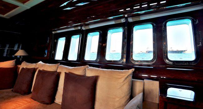 Leopard-89-Yacht-Ibiza-Barcoibiza-7