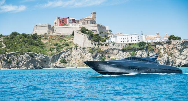 Leopard_90_day_-yachts-barcoibiza (17)