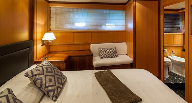 Mangusta 72 Gaia Sofia Ibiza Yacht Barcoibiza VIP  Cabin