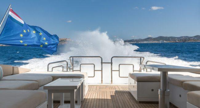 Mangusta 80 Avatar Yacht Barco Ibiza Sailing