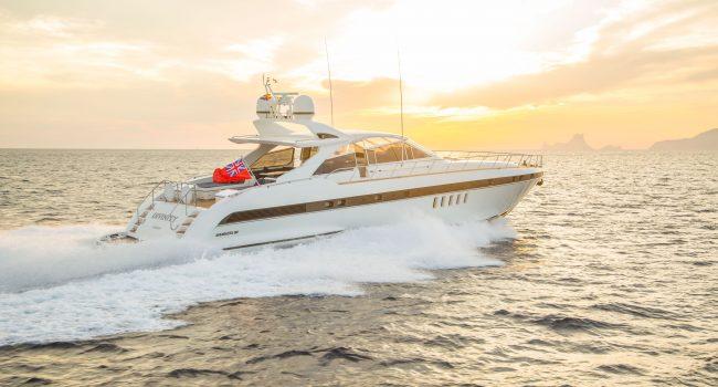 Mangusta-80-D-Yacht-Ibiza-Barcoibiza-14
