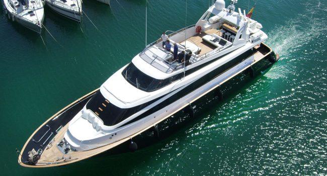 Mondomarine-85-Yacht-Ibiza-Barcoibiza-1