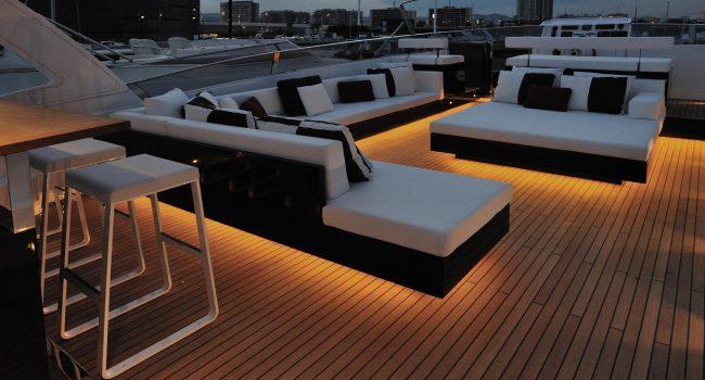 Mondomarine-85-Yacht-Ibiza-Barcoibiza-3