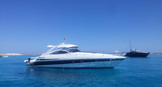 Pershing 45 Jajo Ibiza Yacht Rental Barcoibiza Alquiler Cubierta Illetas