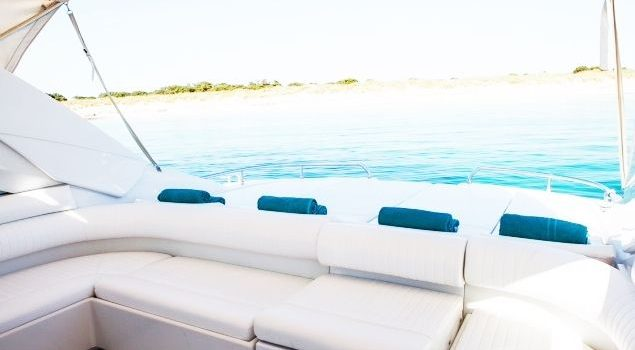 Pershing-45-N-Yacht-Ibiza-Barcoibiza-8
