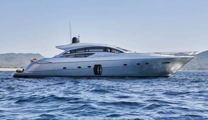 ¿Qué barco se adapta mejor a ti? ¿Motor, vela, catamarán?