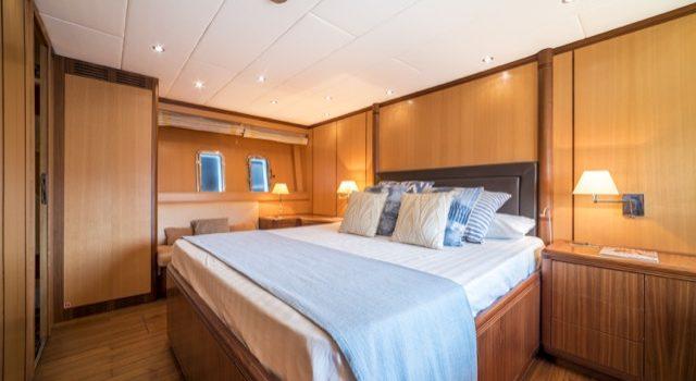 Yacht Mangusta 72 Gaia Sofía Ibiza Rental Yacht Barcoibiza-70