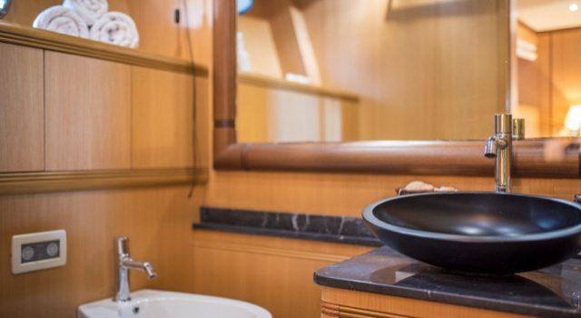 Yacht Mangusta 72 Gaia Sofía Ibiza Rental Yacht Barcoibiza-73