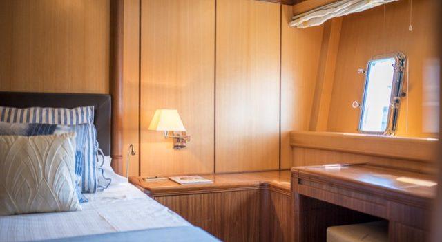 Yacht Mangusta 72 Gaia Sofía Ibiza Rental Yacht Barcoibiza-76