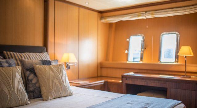 Yacht Mangusta 72 Gaia Sofía Ibiza Rental Yacht Barcoibiza-77