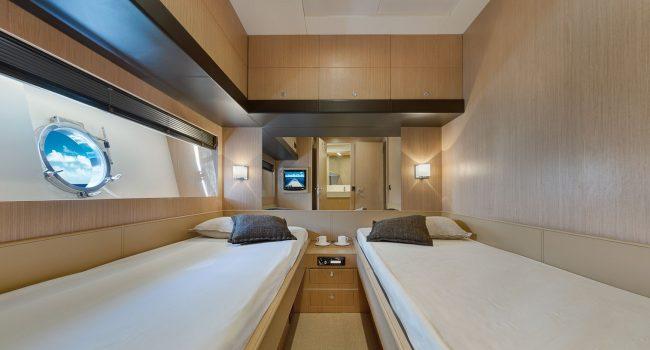 16 Riva Venere 75 P Guest Cabin