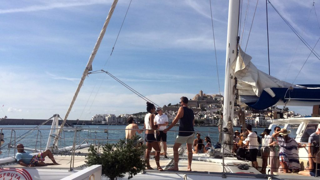 Catamaran-Gigante-Ibiza-Proa