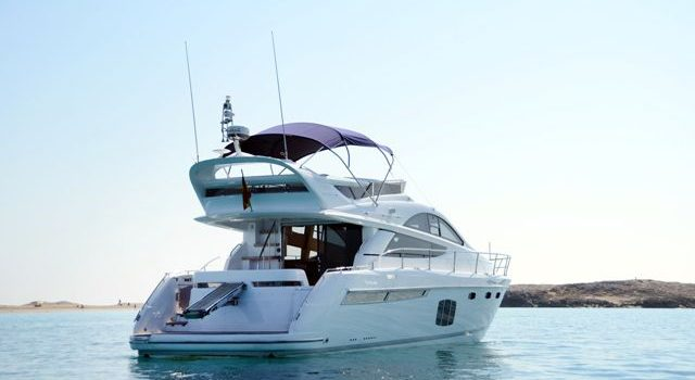 Fairline-Phantom-48-Motoryacht-Barcoibiza-1