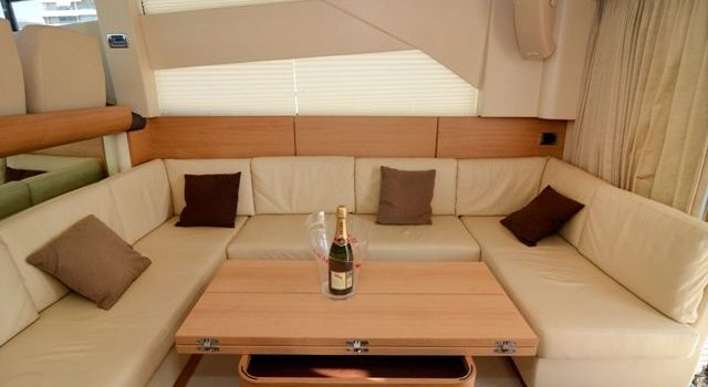 Fairline-Phantom-48-Motoryacht-Barcoibiza-16