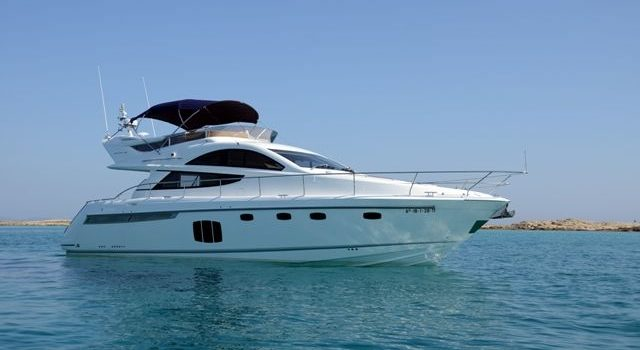 Fairline-Phantom-48-Motoryacht-Barcoibiza-9