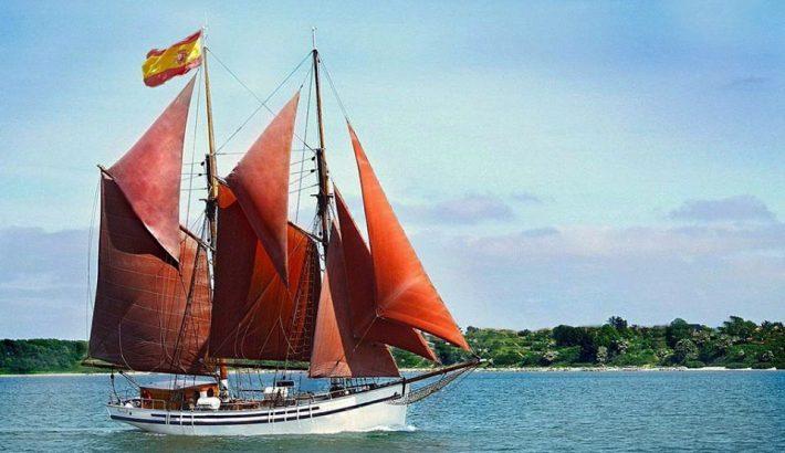 Barco para eventos en Ibiza: La Goleta Saga
