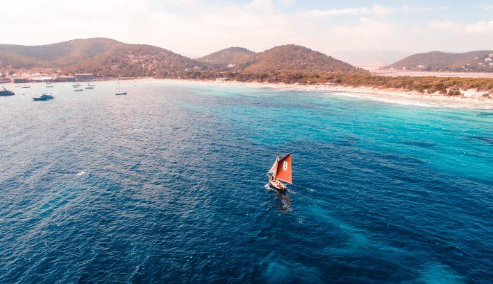 Descubrir Ibiza y sus municipios. Todo lo que la isla puede ofrecerte