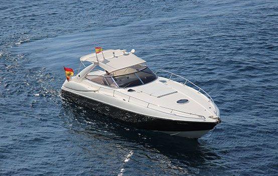 Ibiza-yacht-charter-Sunseeker-Superhawk-48-02