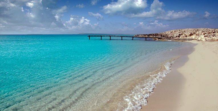 Migjorn-Formentera-Barcoibiza