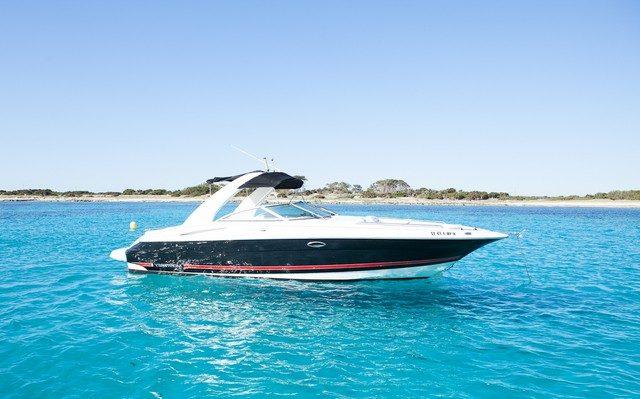 Monterey 298 Karibu Machine Alquiler Day Charter Ibiza