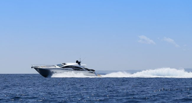 Pershing-72-S-Yacht-Ibiza-Barcoibiza-16