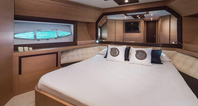 Pershing-72-S-Yacht-Ibiza-Barcoibiza-2