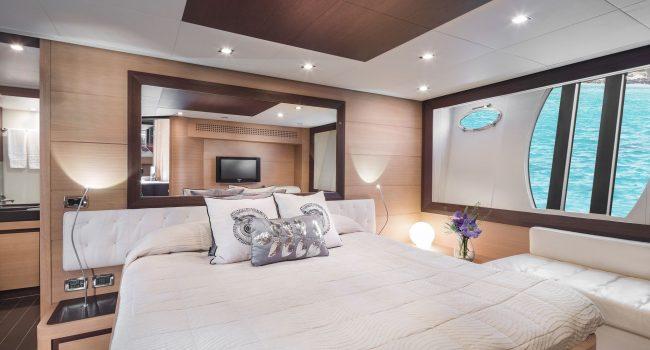 Pershing-72-S-Yacht-Ibiza-Barcoibiza-5