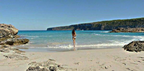Playa de Ses Platgetes Formentera