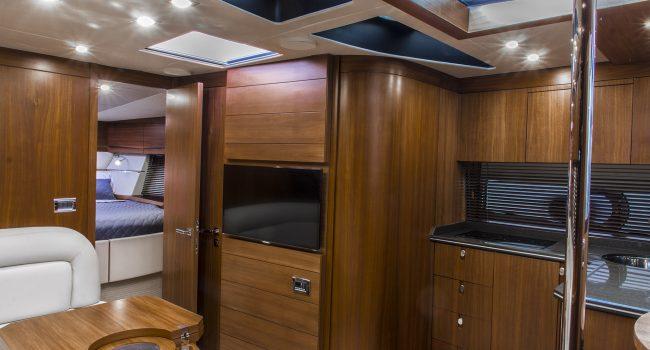 Sunseeker Portofino 40 Bear Barco Alquiler Ibiza Yacht Rental Barcoibiza Salon Interior